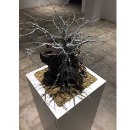 メタルアートミュージアムへ展示しています。